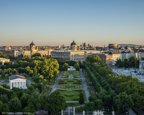 Vienna is a clean and green city with a stunning combination of imperial and modern architecture. Enjoy your marathon finish directly beside this beautiful park. Picture: WienTourismus / Christian Stemper