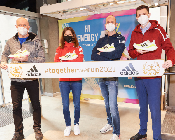 adidas will continue to support the Vienna City Marathon in 2021. From left: Roland Königshofer Oly (adidas Austria), Kathrin Widu  (VCM), Alexander Kern (adidas Austria), Dominik Konrad (VCM). Picture: VCM Leo Hagen